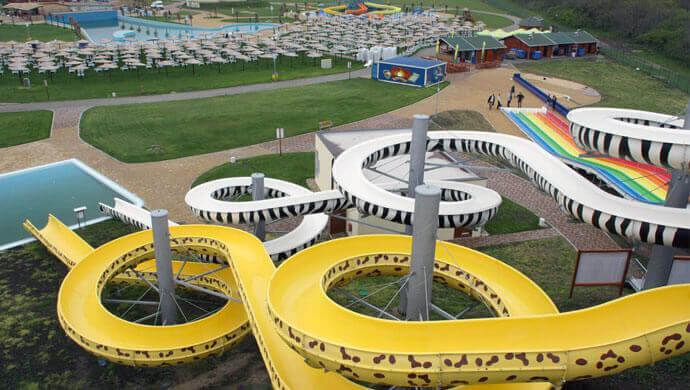 aqua park petroland